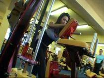 Un exercitiu pe zi cu Nicoleta: Balans controlat pentru fermitatea feselor!
