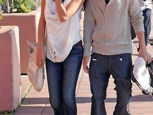 Selena Gomez si Justin Bieber intr-un nou set de poze de cuplu!