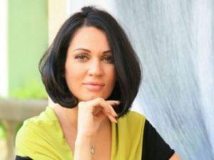 Nicoleta Luciu iti pregateste azi, la ora 21:00, o surpriza de proportii pe site-ul acasatv.ro