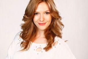 Adela Popescu, intr-o rochie Dana Budeanu. Uite cat de bine ii sta