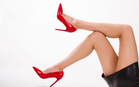 Vrei picioare mai lungi si mai frumoase? Uite ce pantofi trebuie sa porti