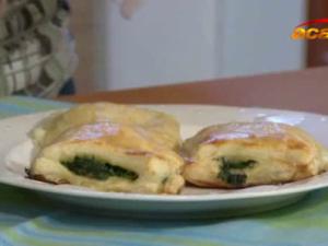 Reteta de acasa: Somon cu mozzarella si spanac in foietaj