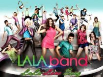 Doi dintre membrii trupei LaLa Band traiesc o frumoasa poveste de dragoste in viata reala! Afla cum s-au indragostit la filmari