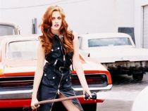 Kristen Stewart a fost desemnata drept cea mai bine imbracata femeie. Care sunt tinutele care i-au adus acest titlu