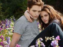Kristen Stewart s-a despartit de iubitul ei, actorul Robert Pattinson. In ce ipostaza a fost surprinsa de paparazzi