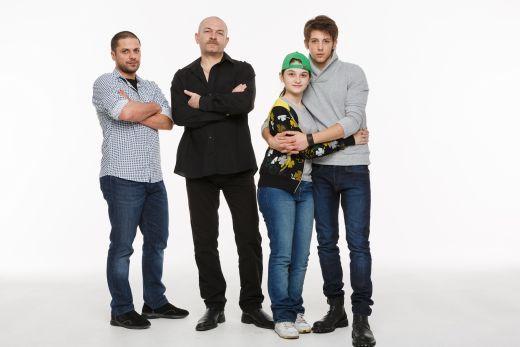 Augustin Viziru si Zane Jarcu sunt baietii rai din telenovela  Ingeri Pierduti