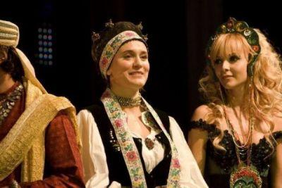 Halloween Charity Ball revine in sprijinul educatiei copiilor saraci din Romania