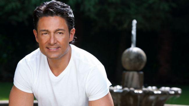 A frant inimile a milioane de femei, in cele mai frumoase telenovele. Cum arata Fernando Colunga in ultimul sau rol