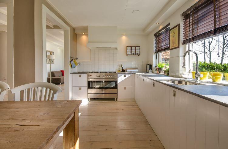 Ce tip de hotă să alegi pentru bucătăria ta?