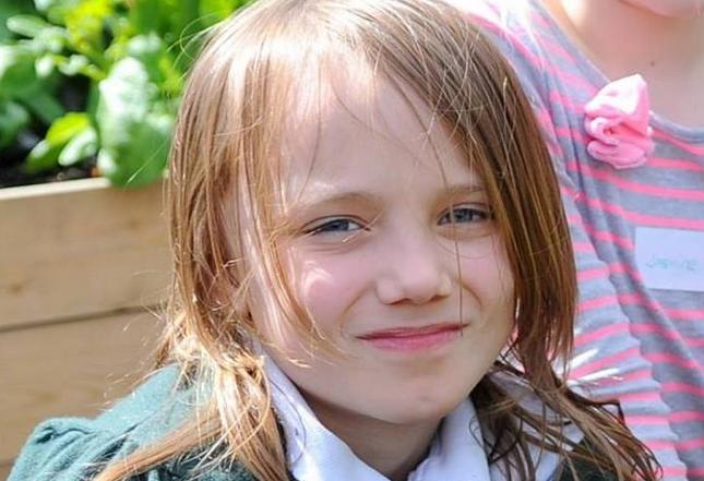 Mama ei a murit de cancer in urma cu 5 ani.Ce a facut aceasta fetita de doar 12 ani este cu adevarat tragic