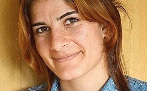 A fost ucisa de tata si frati, dupa ce a fost violata de trei sirieni. Mesajul cutremurator lasat de fata inainte sa moara