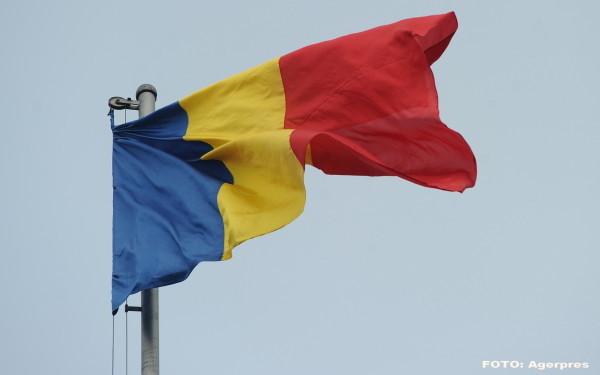 Reactii dure dupa furtul drapelului national in Covasna. Este scandalos ce au facut cu steagul Romaniei