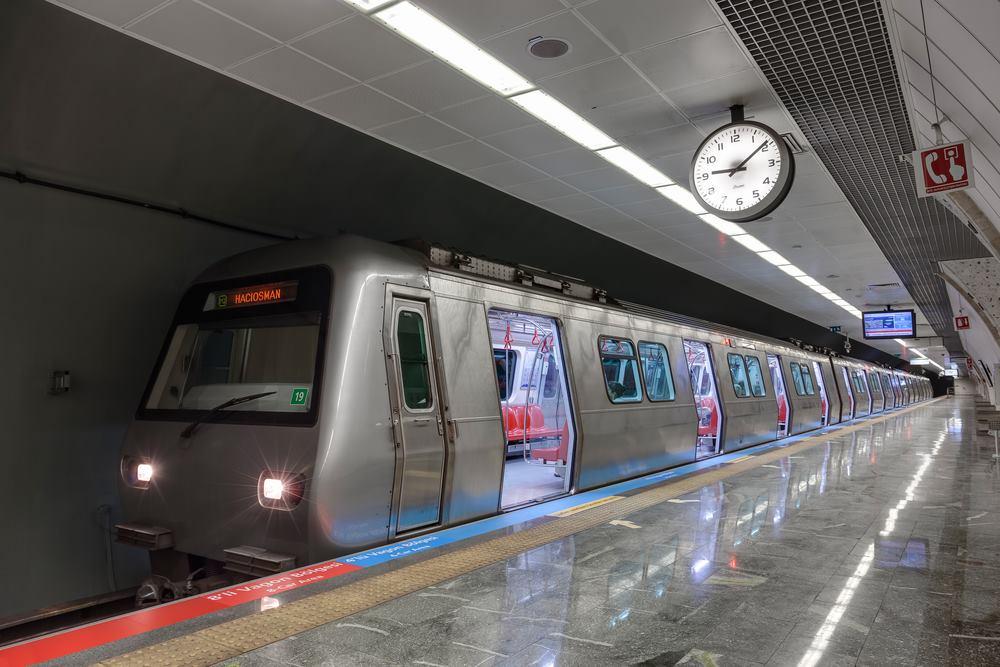 Explozie la metroul din Istanbul. Autoritatile au luat masuri fara precendent