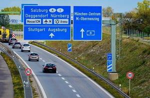 Germania ar putea interzice aceste masini pe soselele sale. Este pentru prima data in istorie cand se ia o astfel de decizie in Europa