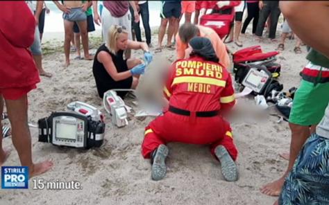Tragedie pe litoral. A fost dus de valuri in larg, iar medicii nu l-au mai putut salva