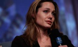 Postarile Angelinei Jolie, ingrijoratoare pentru fani. Ce a scris vedeta dupa ce a anuntat ca divorteaza de Brad Pitt