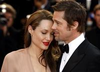 """""""Angelina Jolie vrea sa il distruga pe Brad Pitt"""". Planul """"malefic"""" al actritei a fost dezvaluit"""