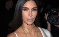 Primele imagini cu hotii care au jefuit-o pe Kim Kardashian. Ce au surprins camerele de supraveghere i-a lasat masca pe politisti. VIDEO