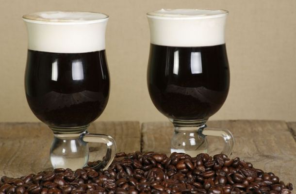Cum sa prepari un Irish Coffee perfect si cum sa-l bei