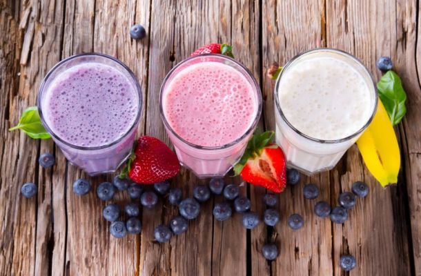 5 smoothie-uri racoritoare, bogate in proteine