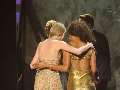 Taylor Swift le-a batut pe Lady Gaga si Katy Perry!