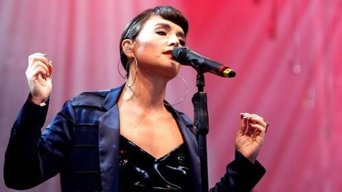 Jessie Ware are un nou single. Cum suna  Share it All  - AUDIO