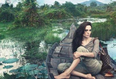 Angelina Jolie a pozat pentru faimosul brand Louis Vuitton