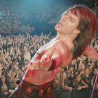 Muzica unei generatii. Tom Cruise canta Wanted Dead or Alive a lui Jon Bon Jovi in noul trailer de la Rock of Ages