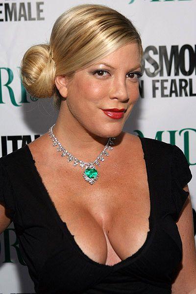 Actrita Tori Spelling, Donna din Beverly Hills, 90210 a nascut un ...
