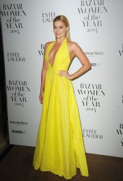 Margot Robbie, pictorial sub apa: actrita dezvaluie secretele care au ajutat-o sa obtina rolul din The Wolf of Wall Street