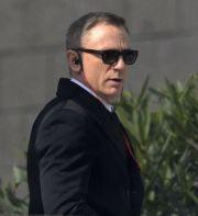 Bond is Back. Daniel Craig arata mortal pe coperta revistei Empire: primele imagini cu el din SPECTRE