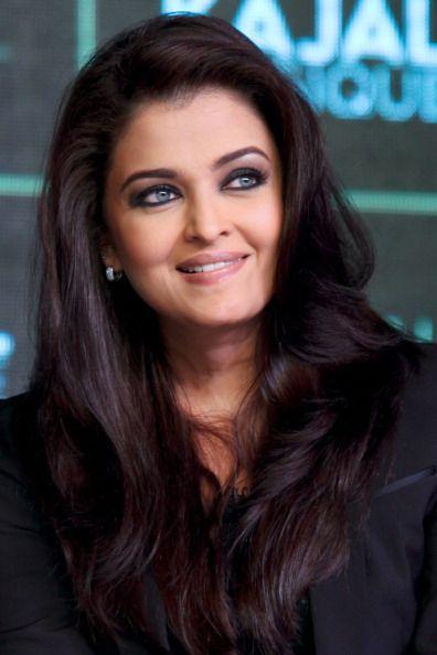 Aishwarya Rai, imaginea perfectiunii si a elegantei. Cum a impresionat vedeta cu cei mai frumosi ochi