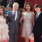 Premiera mondiala a blockbusterului Ant-Man: Catherine Zeta-Jones si Michael Douglas au stralucit pe covorul rosu