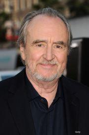 """Wes Craven, regizorul seriei """"Nightmare on Elm Street"""", a murit. """"Astazi lumea a pierdut un om mare"""""""