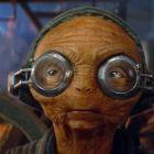 A creat unul dintre cele mai simpatice personaje din noul film Star Wars, dar putini stiu ce actrita de Oscar se afla in spate. Cum a creat-o Lupita Nyong o pe Maz Kanata