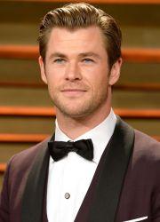 Transformare-fulger pentru Chris Hemsworth. Dupa ce a slabit 15kg pentru un rol, starul a inceput din nou sa faca muschi