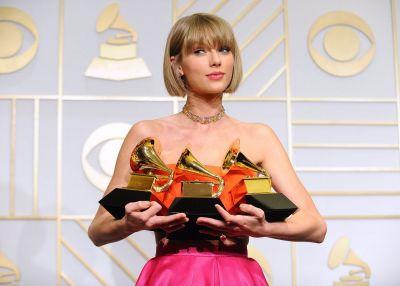 Premiile Grammy 2016. Taylor Swift a castigat trofeul pentru cel mai bun album, al doilea an consecutiv. Lista castigatorilor