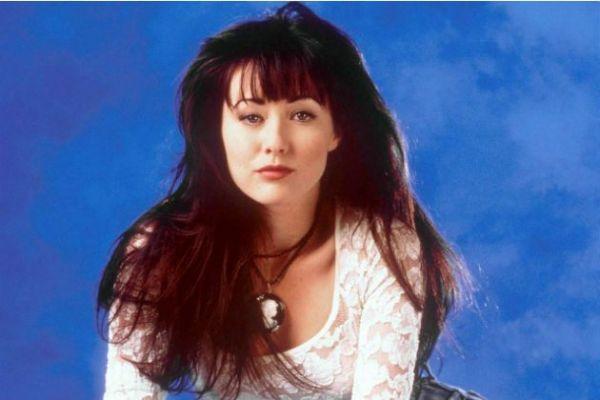 Imaginile sfasietoare postate de actrita Shannen Doherty de pe patul de spital.  Asa arata cancerul . FOTO