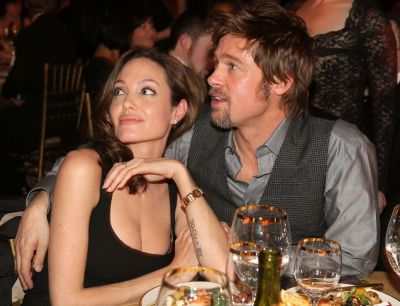 """""""Angelina Jolie vrea sa il distruga pe Brad Pitt"""". Dezvaluirea facuta de revista US Weekly despre actrita"""