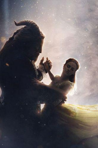 Trailerul pentru Beauty and The Beast a spart toate recordurile: peste 120 de milioane de oameni au urmarit imaginile cu Emma Watson in 24 de ore de la lansare