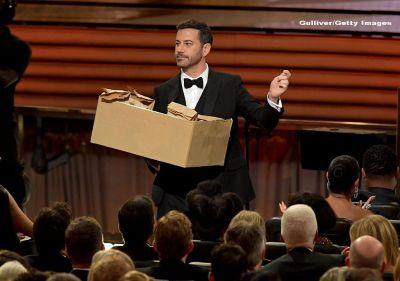 Oscar 2017. Vedeta de televiziune Jimmy Kimmel va fi prezentatorul celei de-a 89-a editii a celor mai importante premii de la Hollywood. VIDEO