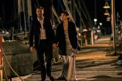 Va fi cel mai sexy film din 2017. Scenele incendiare in care eroii Christian Grey si Anastasia Steele din al doilea trailer pentru Fifty Shades Darker