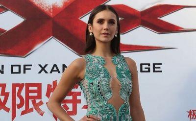 Nina Dobrev, mai sexy ca niciodata. Cum arata rochia ultra scurta cu care a aparut la premiera filmului xXx: Return of Xander Cage