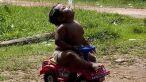Copilul indonezian de doi ani a reusit sa se lase de fumat VIDEO