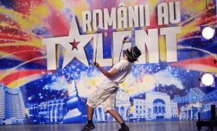 "Pavel Bartos – accidentat la show-ul ""Romanii au talent"" din Piatra Neamt FOTO"