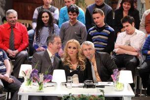 Mama lui Doru Antonesi de la 'Land of Jokes' a crezut ca show-ul 'Romanii au talent' este o continuare a rubricii 'Politicienii au talent'