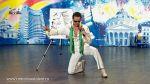 Gabriel Borja un Elvis care canta si deseneaza