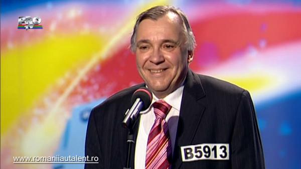 Şi avocaţii ştiu să cânte! Mihail Alexandru Cămărăscu a demonstrat că are o voce impresionantă (VIDEO