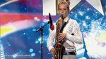 Sandu Ana Maria canta la saxofon