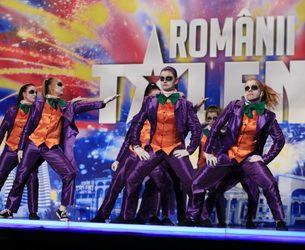 """Voci extraordinare, dansuri electrizante, numere cu serpi sifachiri,in cea de-a patra editie """"Romanii au talent"""""""
